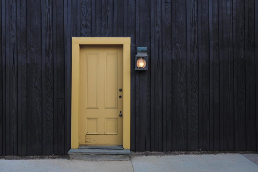 What Is The Best Keyless Entry System For A Commercial
